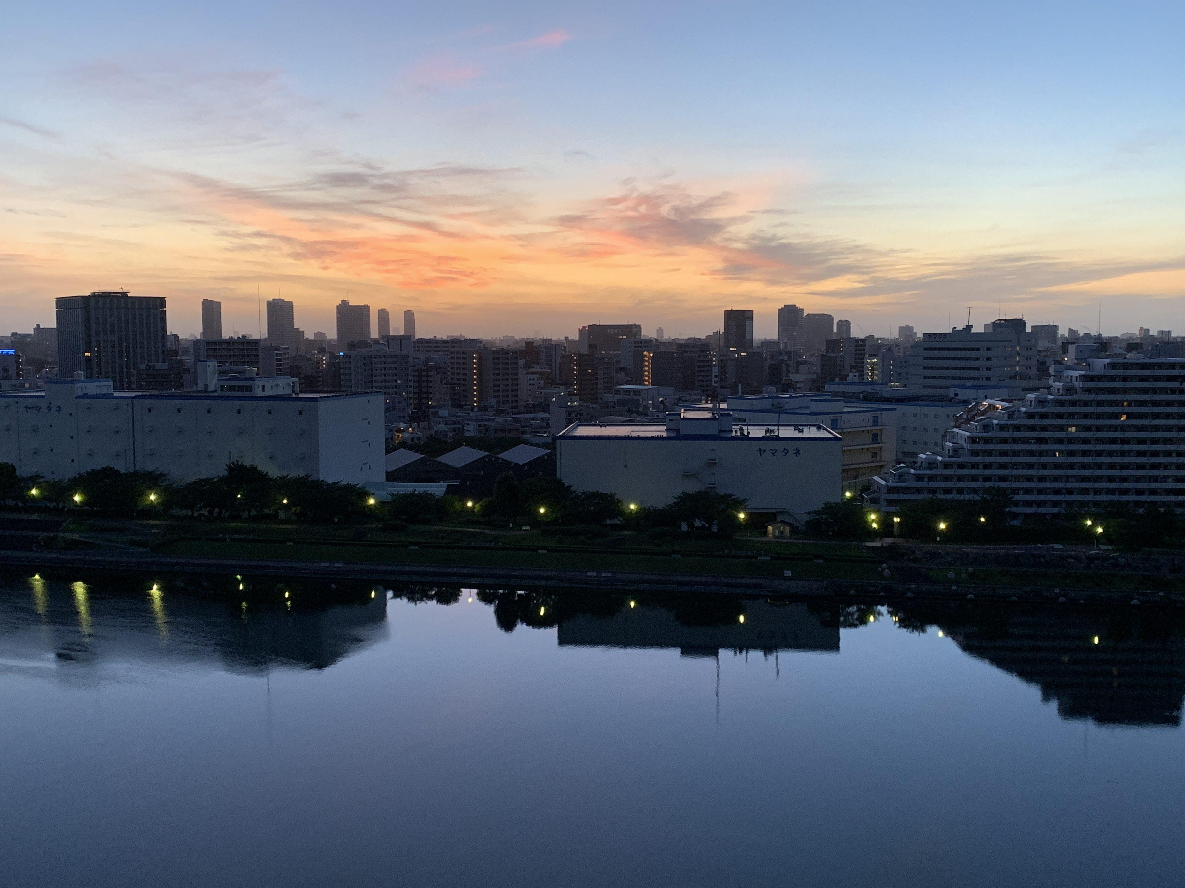 綺麗な夜明け☀️「自分の鏡』