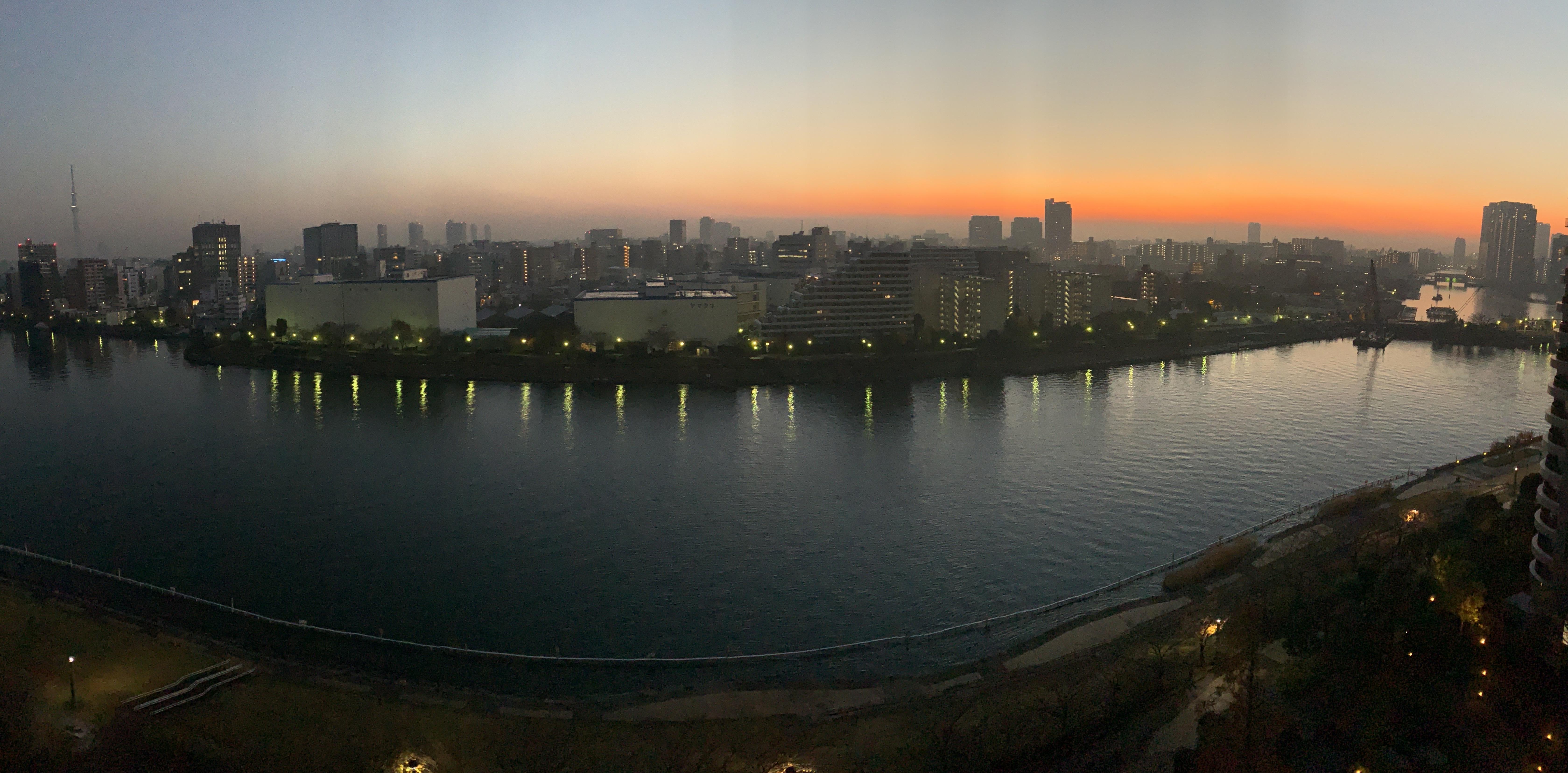 夜明け前「朝の時間を優雅に」