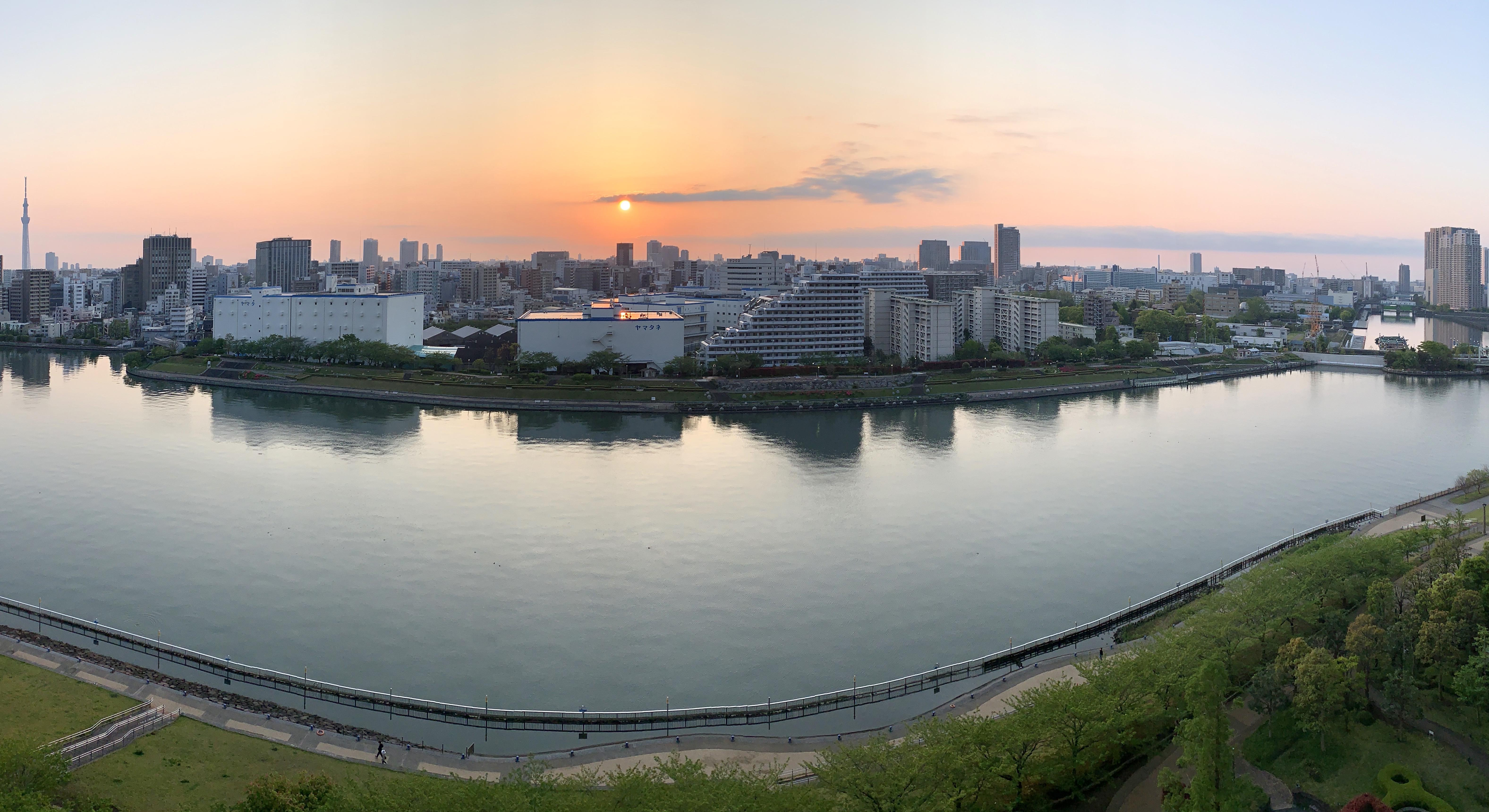 穏やかな夜明け「一日1日を生ききる」