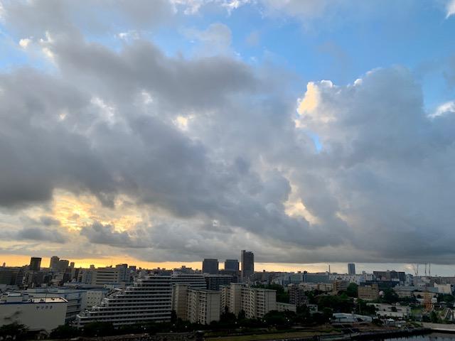 青空・雲・お日様全部が楽しい朝「言葉が人生を作る」