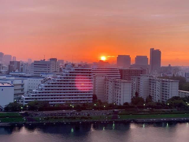 オレンジピンクの優しい朝「真摯であること」