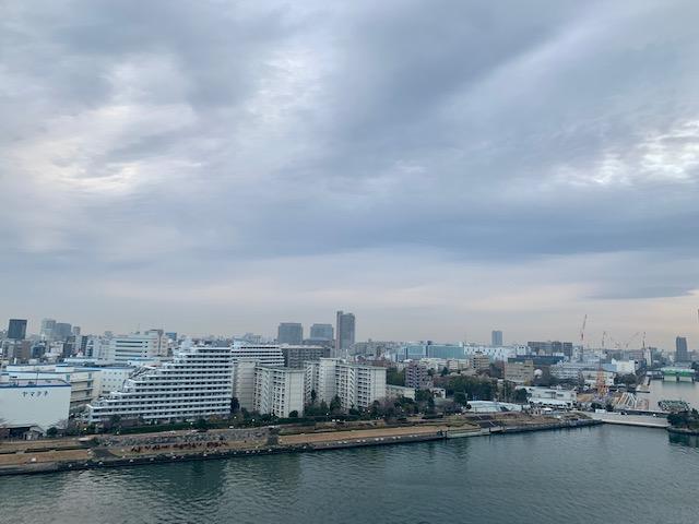 厚い雲の朝「人間関係の基本」