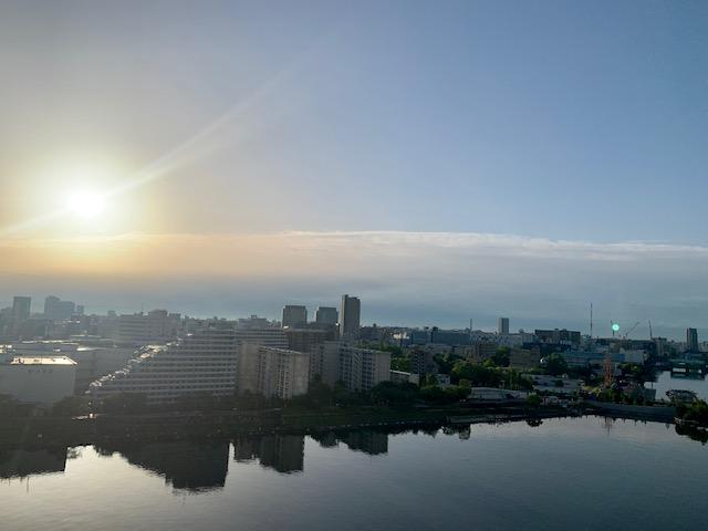 綺麗で力強い夜明け「今日から始めよう」